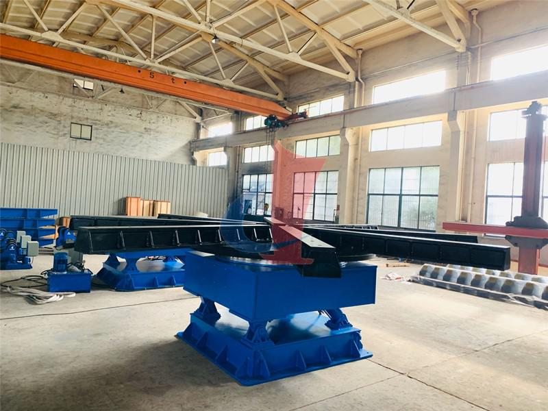 30-ton hydraulic lifting  and rotating platform